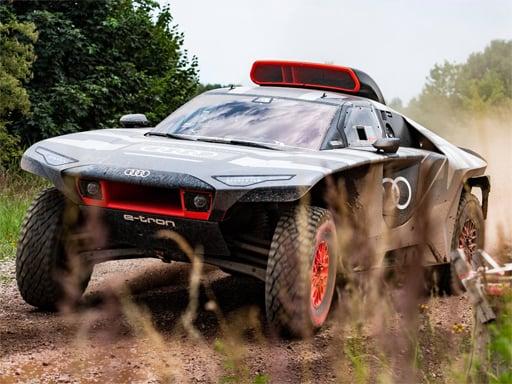 Audi RS Q Dakar Rally  Slide
